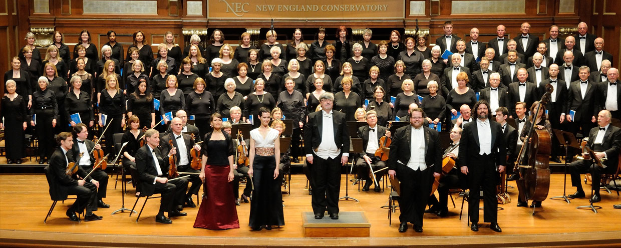 Welcome to the Dedham Choral Society, Greater Boston's preeminent amateur chorus, with membership from over 31 cities and towns in eastern Massachusetts!